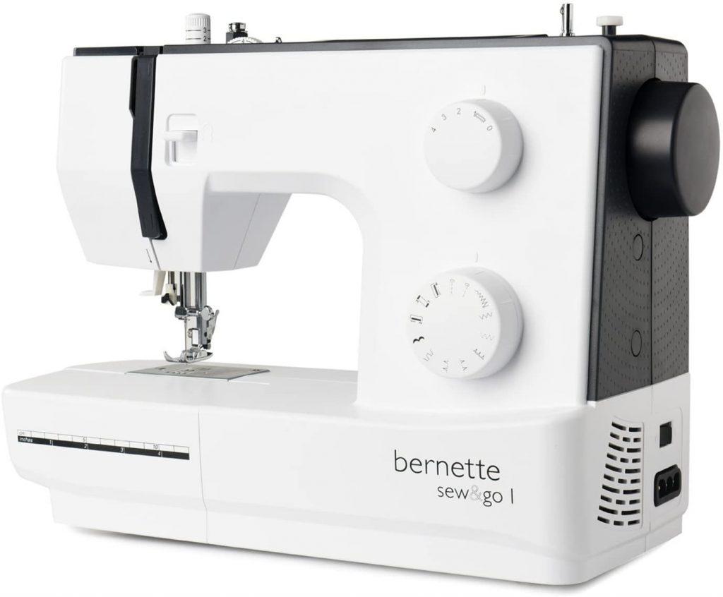 macchina da cucire migliore: Bernina Bernette Sew&Go 1